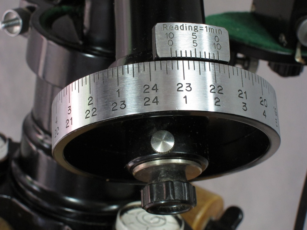 Unitron Model 142 Mount Head Right Ascension Setting Circle (187,530 bytes)