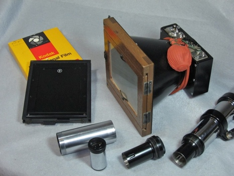 Unitron ASTRO-CAMERA Model 220 with optional Kodak film, as displayed at Company Seven (67,593 bytes)