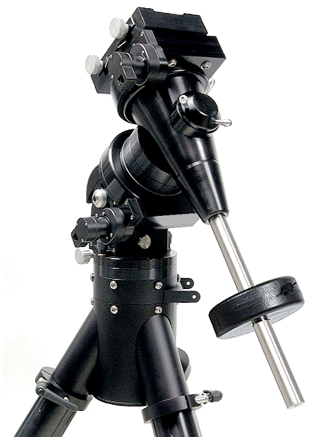Losmandy Titan Mount Head with Tripod, 21 lb. Counterweight (202,044 bytes)