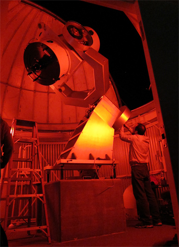 the MCCMO astronomical telescope 28 Oct 2010 (130,196 bytes)