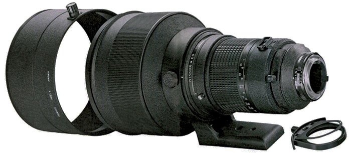 Nikkor 300mm F/2 ED IF lens side view (95,750 bytes)