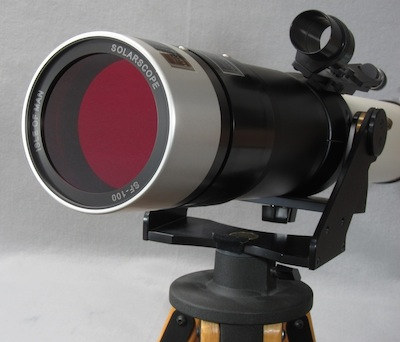 Solarscope DSF-100 Filter attached to TeleVue NP101 telescope (36,448 bytes)